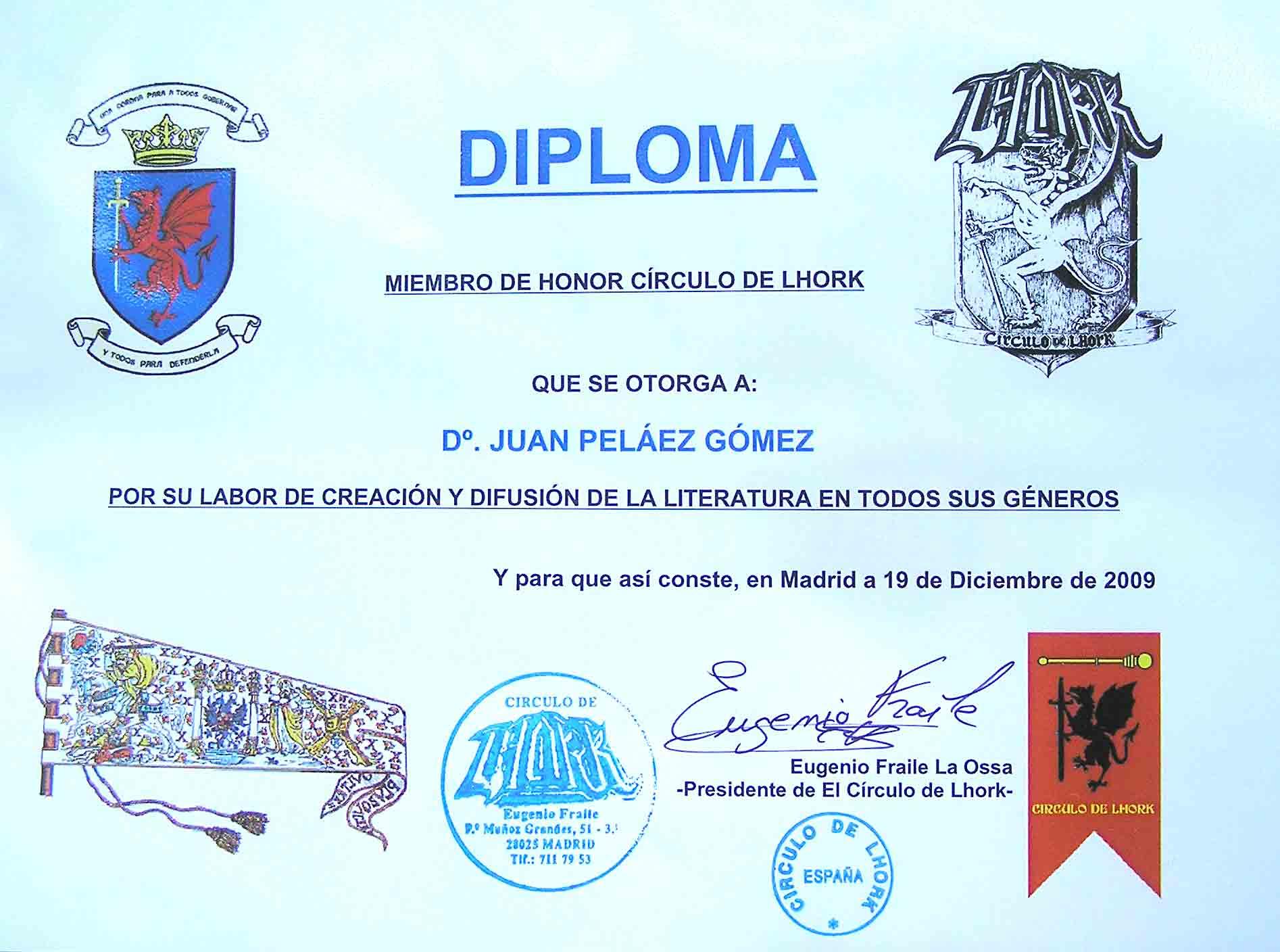 ... diploma que acreditaba al escritor Juan Peláez como miembro de honor