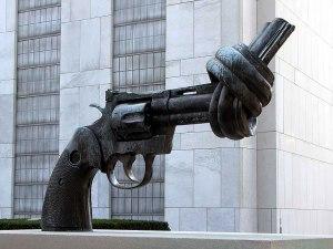 Pistola anudada, Turtle Bay, Nueva York