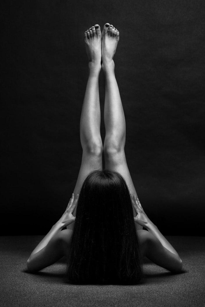retratos-desnudos-femeninos-blanco-negro-bodyscapes-anton-belovodchenko-12